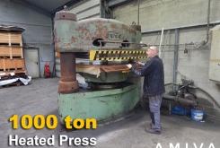 Svit 1000 ton heated press