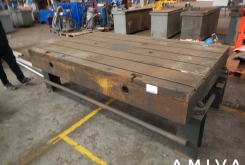 T-slot Table 2680 x 1540 x 300 mm
