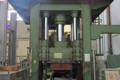Becker van Hullen 350 tonn